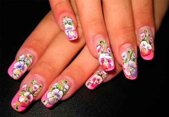 Весенний цветочный маникюр