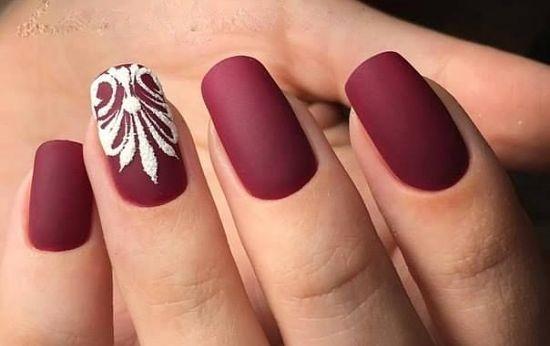Красивый Зимний Дизайн Ногтей Фото