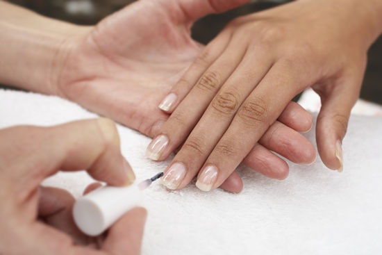 Процедура коррекции ногтей