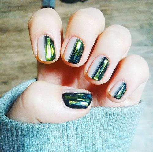Делаем дизайн ногтей битое стекло гель лаком