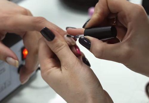 Инструкция по нанесению гель-лака на нарощенные ногти
