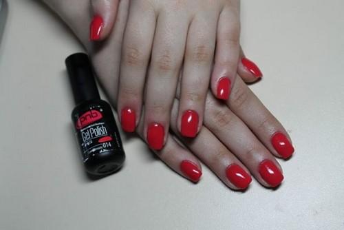 Красный гель-лак