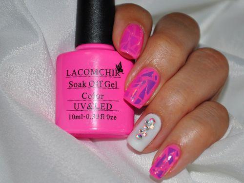 Гель-лак ногтей розовый LACOMCHIR