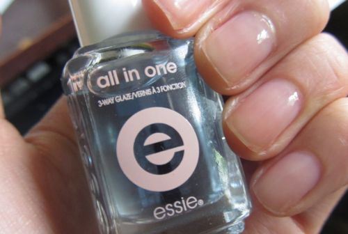 All in one base (Essie, США)