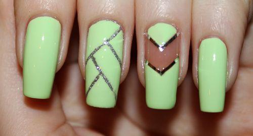 Дизайн ногтей с лентой на длинные ногти
