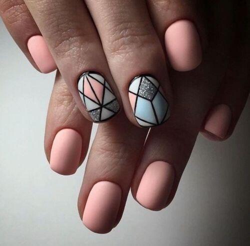 Геометрические орнаменты на короткие ногти