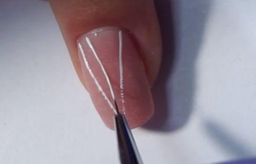 Нанесение фигур и линий при помощи кисточки